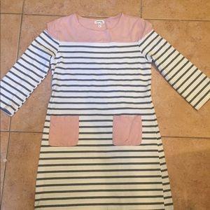 Monteau. Cream grey dusty pink pockets